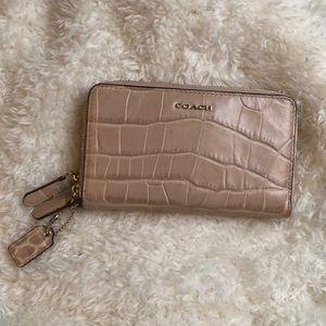 Coach Double Zip Wallet Croc Texture